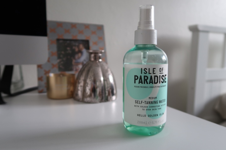 Beauty Poll: Isle de Paradise's self-tanning water